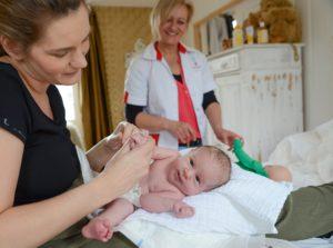 foto Conny met moeder en kind